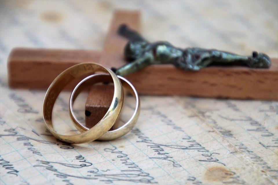 Christian risalente verso il matrimonio
