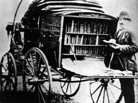 "Una ""carrozza biblica"" della casa editrice Claudiana"
