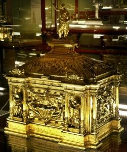 Cofano eucaristico numero 61