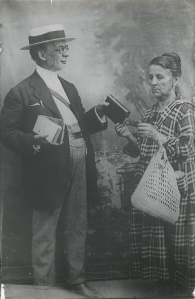Un colportore - Archivio Fotografico Valdese