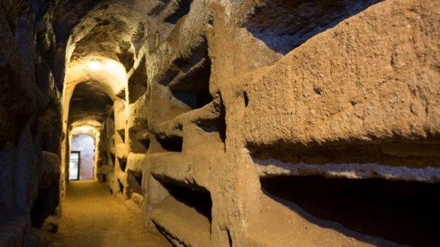 Catacombe romane - immagine da Internet
