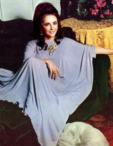 Elizabeth Taylot Kaftan