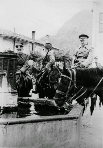 Alesso, ottobre '44. Cosacchi in piazza
